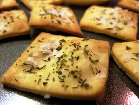 New standards for sodium levels in savoury crackers were agreed upon yesterday.